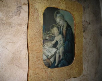 Vintage Religious Shadow Box w/ Virgin Mary/Baby Jesus Picture behind Convex Glass,,Old Icon.