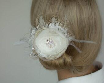 Wedding hair piece, Wedding flower headpiece, Bridal hairpiece, Vintage wedding hair flower, Bride hair accessories, Champagne hair flower