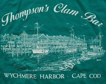 Thompson's Clam Bar T-Shirt, Wychmere Harbor, Cape Cod, Vintage 80s, Massachusetts Restaurant, Nautical Fishing Boat Graphic Tee, East Coast