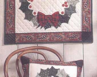 HOLIDAY WREATH Quilt Pattern - Uncut - Q061