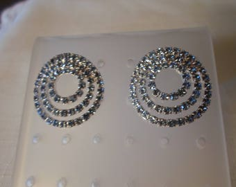 RHINESTONE EARRINGS / Pierced / Pale Blue / Wedding / Prom / Fashionista / Trendy / Couture / Statement / Classic / Jewelry / Accessories