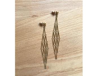 1970s Goldtone Kinetic Diamond Latticework Earrings // Pierced Dangle Chevrons