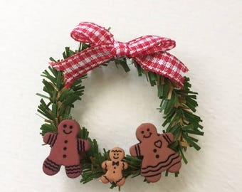 1:12 Scale Miniature Christmas Gingerbread Family Wreath for Dollhouse