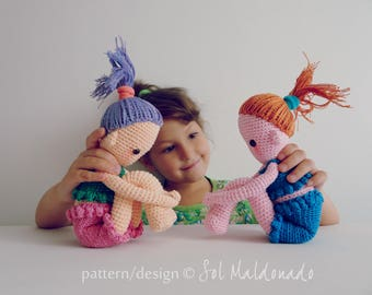 Amigurumi Crochet Doll Pattern PDF - Sitting  Amigurumis Dolls - Girl Playful Gift Dolls - Instant Download