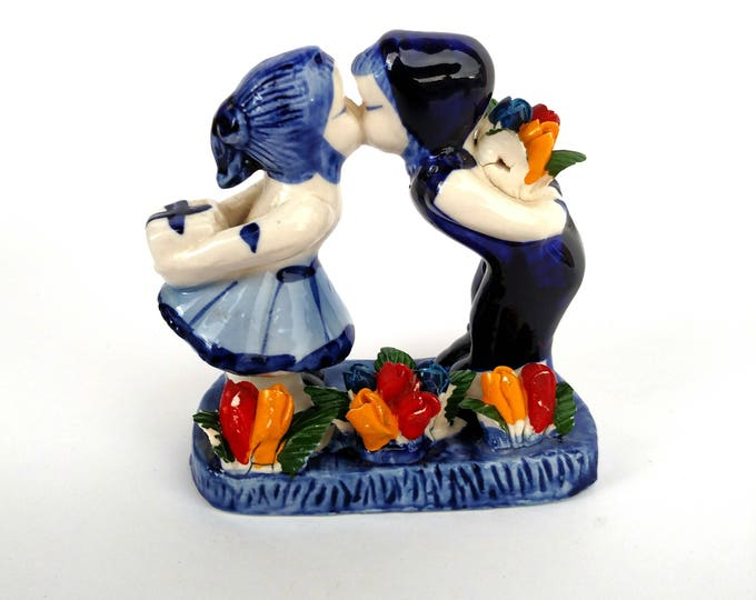 Vintage Ceramic Delft Dutch Couple Kissing Figurine with Colorful Tulips - Made in Holland