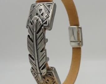 Native Feather Bracelet