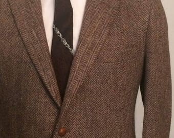 Vintage MENS Harris Tweed for Middishade brown herringbone wool tweed jacket, sport coat or blazer, tailored in U.S.A.