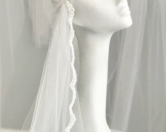 Juliet cap wedding veil with lace edge, Lace Juliet Cap Wedding Veil, Deco Wedding Veil Juliet Cap