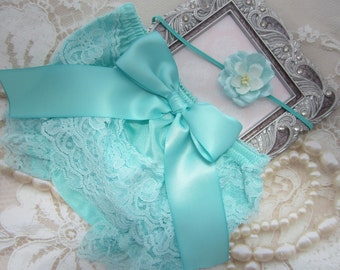 Newborn Aqua Lace Bloomers and Organic Paper Flower Headband, newborn lace diaper cover, bebe foto, Lil Miss Sweet Pea Boutique, foto bebe