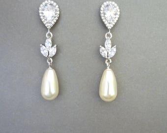 Pearl earrings, Cubic zirconia's, Swarovski pearl earrings, Marquise cut, Wedding earrings, Pearl drop earrings, Outstanding, LILLY