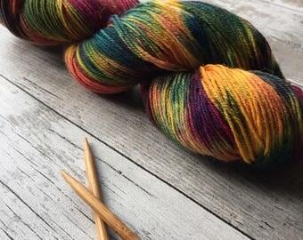 Hand dyed 4ply Polwarth yarn 100g Splitzy Dunk