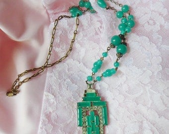 Czech Chrysoprase Crystal Lavalier Necklace, Mint Green Art Deco Gemstone Pendant 1925, Czechoslovakian Necklace