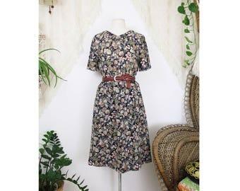 Floral Japanese Vintage Dress, Day dress Tea dress Picnic dress Midi dress Summer dress, Small Medium 4184