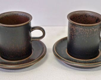 A set of two coffee cups + saucers, from Ruska, Arabia, made in Finland.