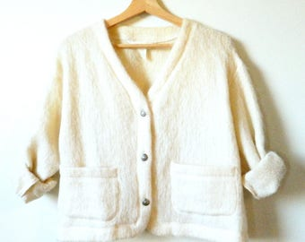 Fuzzy Vintage Angora Cardigan / 80s Cropped Mohair Sweater / Boxy Wool Sweater in Ivory Knit