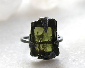 20% OFF SALE tourmaline ring, green tourmaline, leaf ring, sterling silver, silver ring, recycled silver, palm leaf, tourmaline crystal