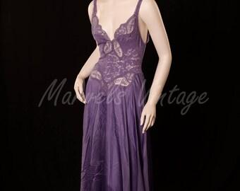 Olga Lites Nightgown Negligee' Light Purple Sheer Lace Bodice Full Sweep Style 91060 Size Medium Vintage