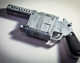 Rey Blaster Pistol   NN-14 Ray's Gun   Star Wars Replica   Star Wars Prop   Star Wars: The Force Awakens Cosplay