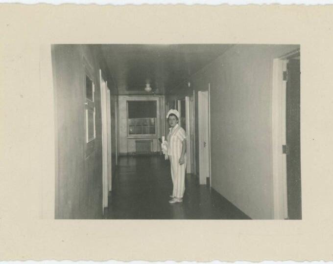 Vintage Snapshot Photo: Bed Time (81634)