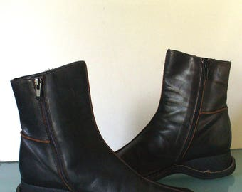 Banana Republic Made in Italy Short Brown Boots