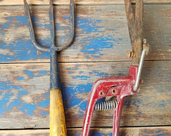 ANTIQUE HAND GARDEN Tools