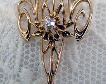 Edwardian Lavalier Pendant - Diamond - Pearl Ca 1900-1910