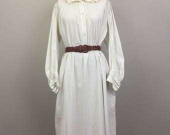 Vintage VICTORIAN White Cotton Dress Nightgown Ruffle Collar and Cuffs Shirtdress Antique 1800s #2