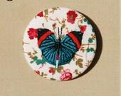 Grande broche brodée, papillon