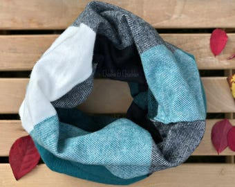 HEAVY Baby scarf, Blue GreenToddler Scarf, Infinity Scarf, Children's Plaid Scarf, Infinity Scarf, Infant/Toddler Scarf Christmas Scarf