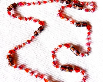 Vintage 1930s Venetian Glass Hand Painted Bead Necklace