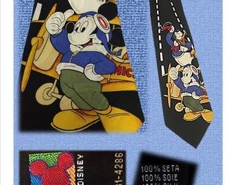 Vintage Disney Tie, Necktie, MICKEY MOUSE, DONALD Duck, Air Strip, Airplane, Plane, Air Craft, Walt Disney, Men's, Aviator, Pilot, Steward