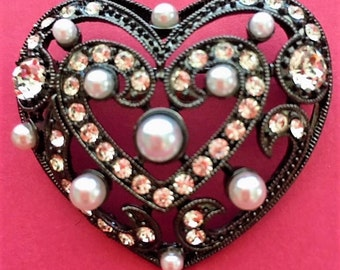 Vintage Unbranded  Black Heart Shaped With Pearls And Rhinestones Brooch.
