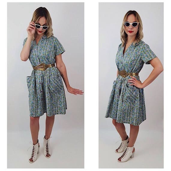 50's Floral Pattern Collared Button Up Classic Knee Dress - Medium Blue Green Purple White Artist Dress With Side Pockets - All Over Pattern