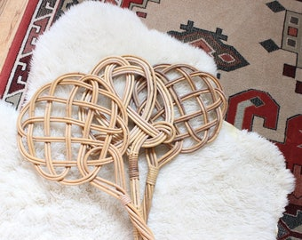 Vintage Rug Beater Rattan Woven Wall Basket Wall Hanging Boho Home Decor Bohemian Gallery Wall