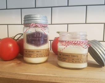 vine ripened tomato scented farmhouse candle. *farmers market collection* mason jar candle. 8 oz. 16 oz. 100% soy.