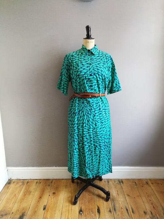 Green cotton shirt dress // loose cotton shift dress // green and blue  Button up dress //  vintage work dress