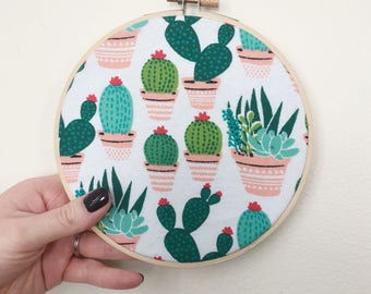 Fabric Embroidery Hoop Art/Cactus Fabric Wall Decor/Cactus Wall Decor/Embroidery Hoop/6 Inch Hoop/Succulent Decor/Embroidery Wall Art/Cacti