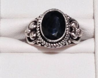 ON SALE - Midnight Blue Sapphire Solitaire Oval Cabochon Ring - Sterling Silver Size 6