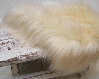 Newborn Faux Fur, Photo Faux Fur, Newborn Photo Prop, Posing Fur, Newborn Props, Long Pile Fur, Basket Filler, Basket Stuffer, Baby Fur, 166