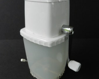 Vintage Swing-A-Way Ice Crusher with Vacu-Base, Swing A Way, Manual Ice Crusher, White, Kitchen Appliance, Barware
