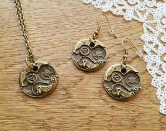 Vintage Style Steampunk Bronze Tone Earrings and Necklace with Pendant