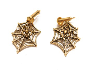 1960s Novelty Figural Spider and Spider Web Clip On Earrings