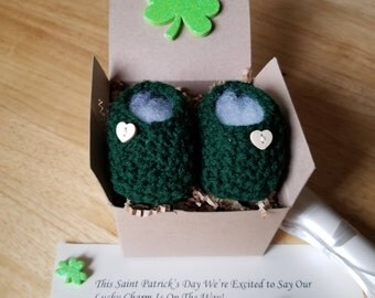 Baby Booties, Pregnancy reveal, Baby Announcement, March Pregnancy reveal, Baby boots, Same day ship!