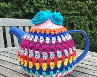 Teapot crochet cozy