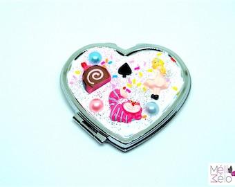 Pocket mirror heart costume, Alice