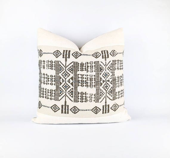 Authentic Natural White African Mudcloth Textile And African Printed Linen Pillow Cover 20x20