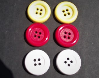 ROUND FOUR HOLE Buttons,Plastic Buttons,Red Buttons,White Buttons,Yellow Buttons,Button Destash,Sewing Notions,Fasteners,Closures,Crafts