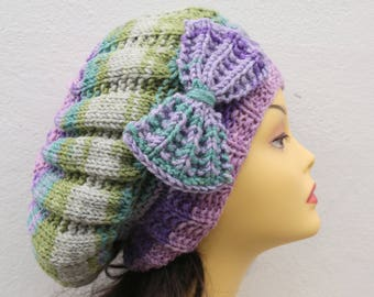 Lilac/Green Woman Hand Knitted Hat with Bow, Lilac Beret hat with bow, Lilac knit hat, purple slouchy knit women's hat with bow lilac winter