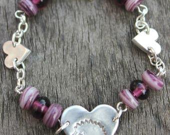 silver hedgehog bracelet, hedgehog lover bracelet, glass bead bracelet, berry bead bracelet, handmade glass bracelet, love hedgehog bracelet