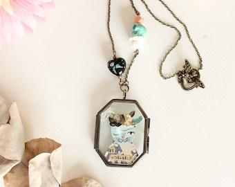 "Frida Kahlo ""Be yourself"" necklace - glass double locket pendant"